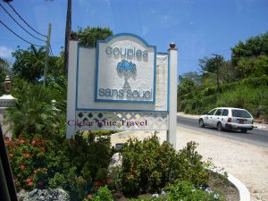 Entrance to Couples San Souci
