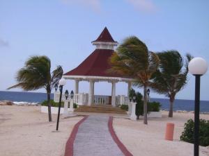 Wedding Gazebo at Gran Bahia Principle