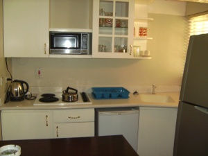 Kitchen in a room at Crane Ridge Resort