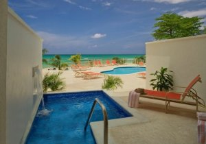 Oceanfront Veranda Suite with Plunge Pool