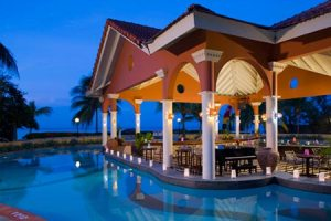 Sandals Dunns River Dining Area